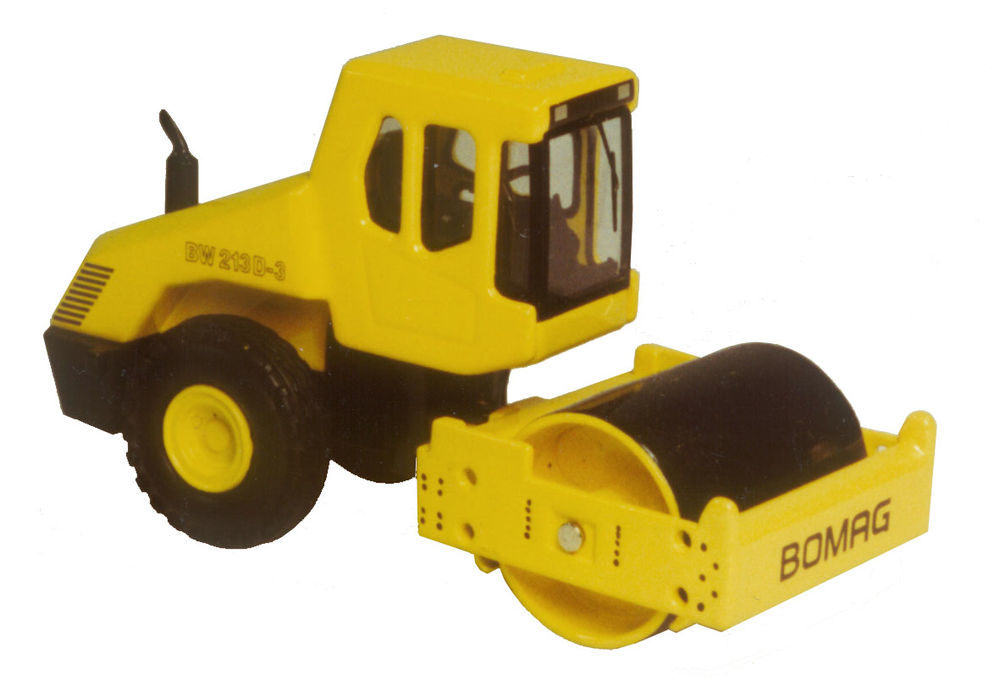 BW 213 COMPACTORROLLER scale model by Collector Models