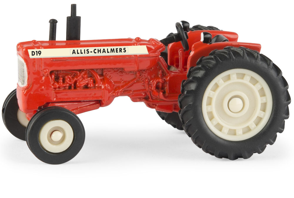 D19 TRACTOR scale model by Collector Models