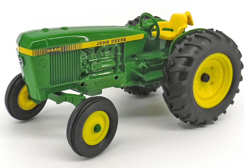 John Deere 2440 : John deere tractor collector models
