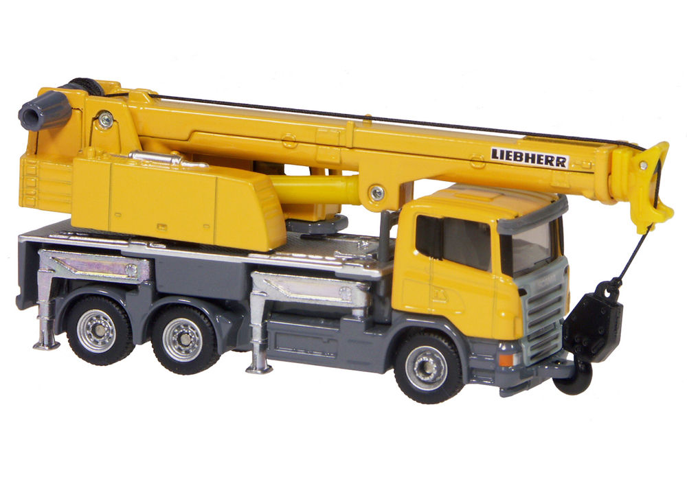 LIEBHERR MOBILE CRANE scale model by Collector Models