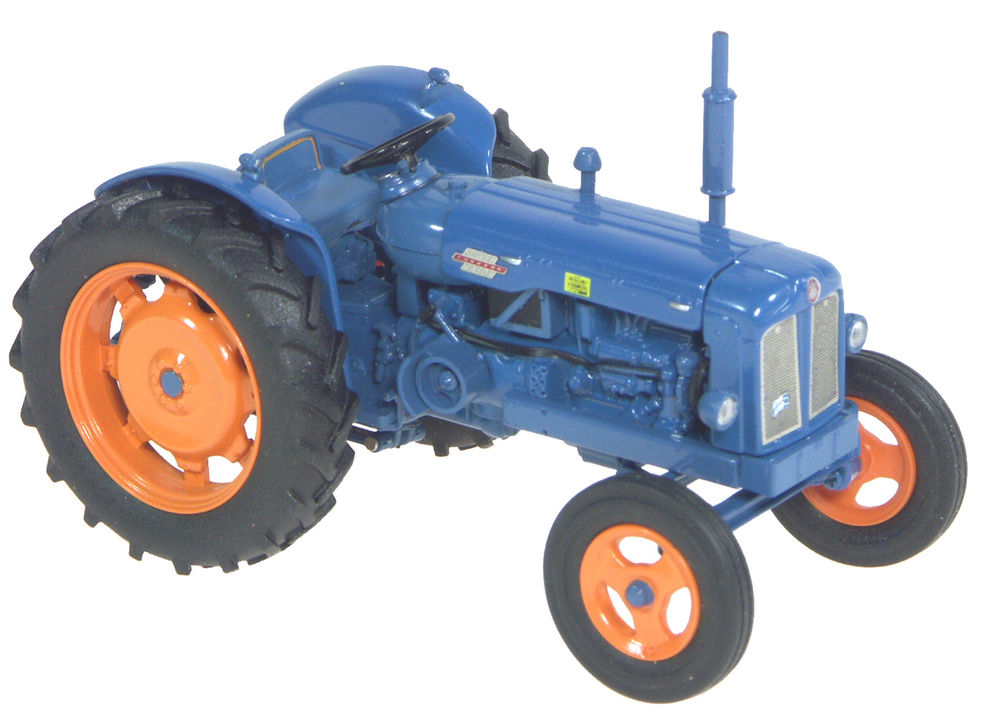 POWER MAJOR TRACTOR scale model by Collector Models