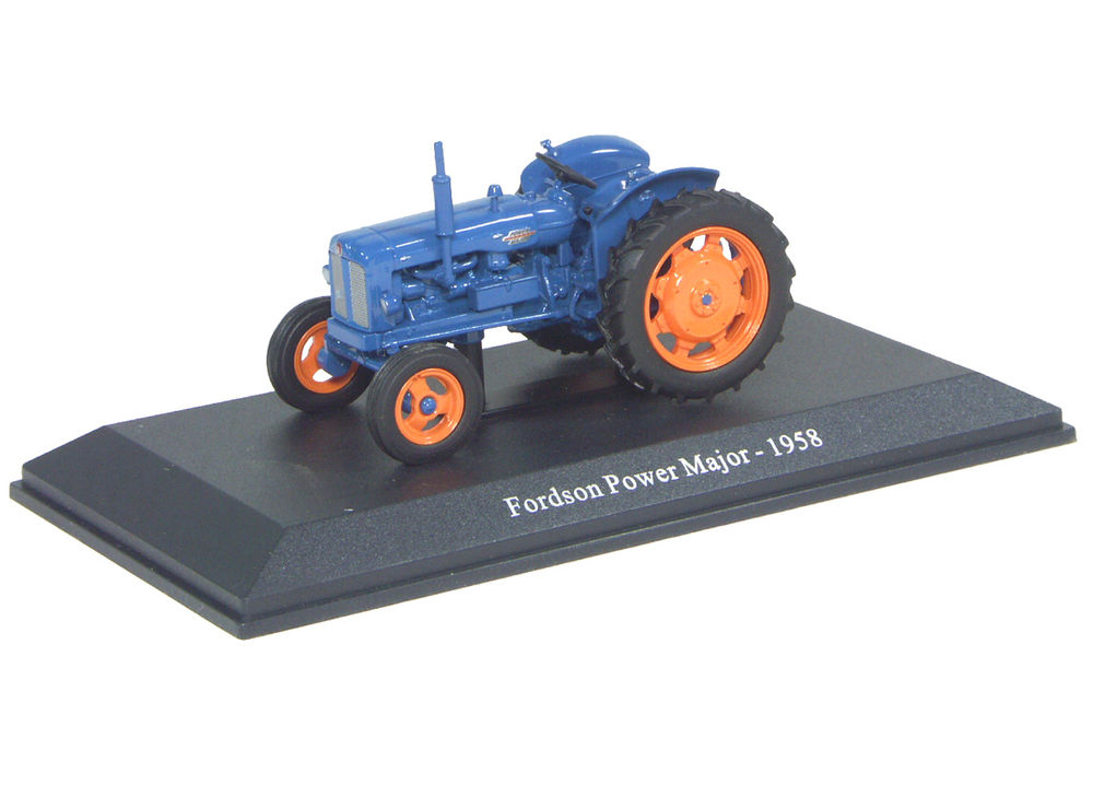POWER MAJOR TRACTOR    very detailed scale model by Collector Models