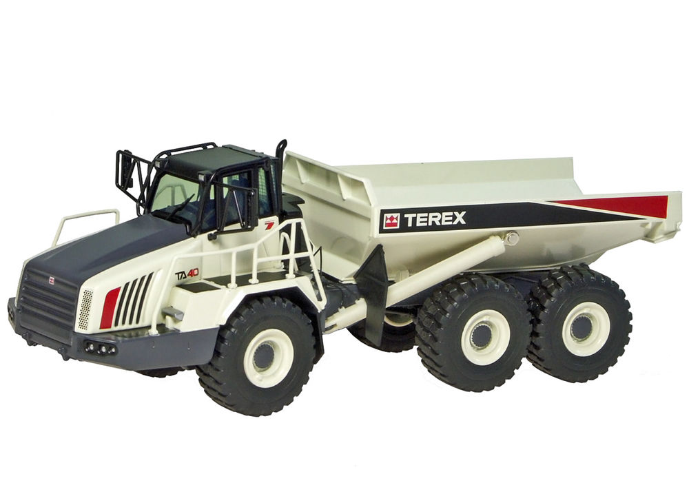 TA40 ARTICULATED DUMP TRUCK     very detailed scale model by Collector Models