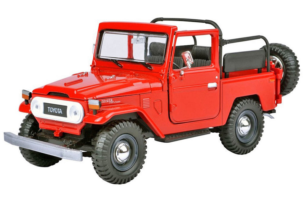 TOYOTA 40 SERIES SOFT TOP without roof  detailed model scale model by Collector Models