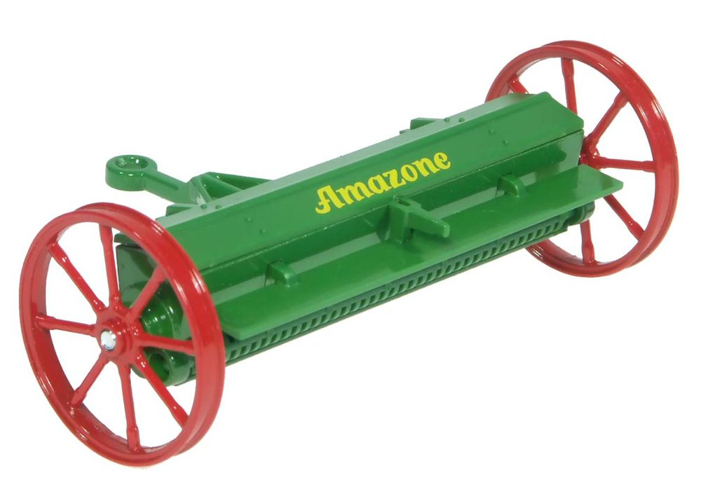 VINTAGE DRY FERTILIZER SPREADER scale model by Collector Models