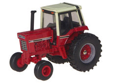 IH 1486 TRACTOR