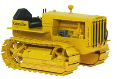 CATERPILLAR 22 CRAWLER TRACTOR  with DISPLAY CASE