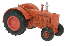 CASE 500 TRACTOR (no box)