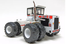 BIG BUD 525/50 4WD TRACTOR with DUALS   very detailed