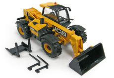 JCB 550-80 LOADALL TELESCOPIC HANDLER  with bucket and forks
