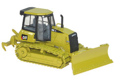 CATERPILLAR D6K XL BULLDOZER with RIPPERS