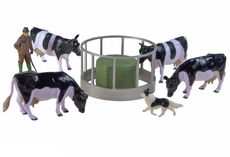 BRITAINS CATTLE FEEDER SET