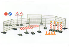 BRUDER CONSTRUCTION ACCESSORIES (railings, signs, traffic cones etc.)