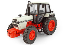 DAVID BROWN 1490 FWA TRACTOR with CAB  (white/orange)