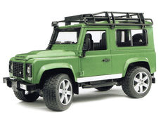 LAND-ROVER DEFENDER STATION WAGON