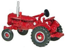 McCORMICK DEERING FARMALL 100 TRACTOR  (no box)