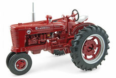 McCORMICK DEERING FARMALL SUPER MD with nf axle