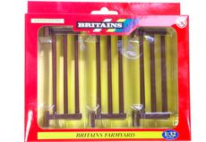 BRITAINS FARM FENCING, Pack of 12 fence panels
