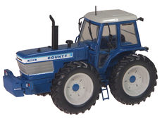 FORD COUNTY 1474 4WD TRACTOR,  very detailed