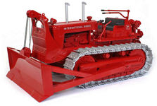 IH TD24 DOZER with CABLE BLADE  High Detail model