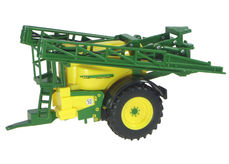 JOHN DEERE 840 TRAILING BOOM SPRAY