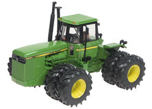 JOHN DEERE 8850 4WD TRACTOR with DUALS   Special Edition