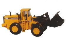 VOLVO L330 C WHEEL LOADER