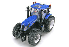 NEW HOLLAND T7.235 TRACTOR   Prestige Series