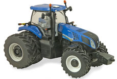 NEW HOLLAND T8.420 TRACTOR with Rear Duals  Prestige series