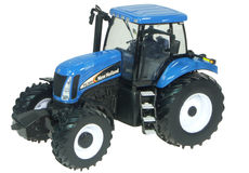 NEW HOLLAND TG305 TRACTOR