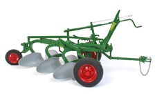 OLIVER 3 FURROW MOULDBOARD PLOUGH on Rubber tyres   High Detail
