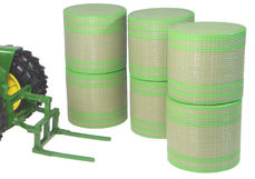 ERTL ROUND BALE MOVER with 6 NET-WRAPPED BALES