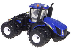 NEW HOLLAND T9.670 4WD TRACTOR with DUALS  Prestige Series