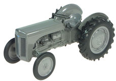 FERGUSON TE20 TRACTOR (GREY FERGY)   precision model