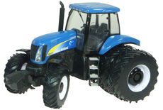 NEW HOLLAND TG275 TRACTOR with DUALS