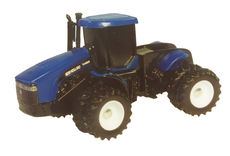 NEW HOLLAND TJ450 4WD TRACTOR with DUALS