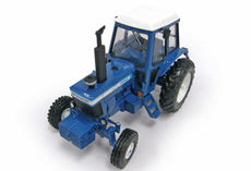 FORD TW-10 TRACTOR    (faded box)