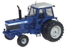 FORD TW30 TRACTOR with rear duals (1979),  very detailed