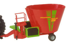 STRAUTMANN VERTI-MIX 1250 FEED MIXER